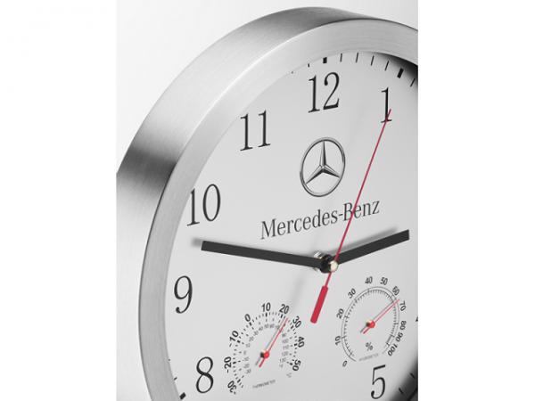 Mercedes-Benz Wanduhr Silber