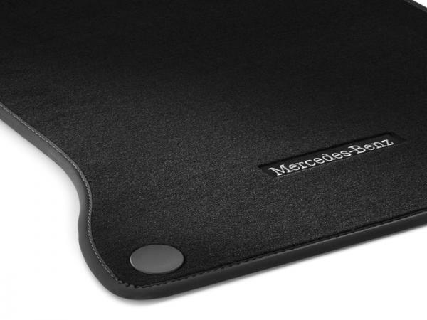 Mercedes-Benz Veloursmatten schwarz für A B CLA GLA