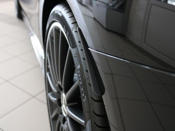 Mercedes-Benz Radlaufverbreiterung Coupe links A2058804124